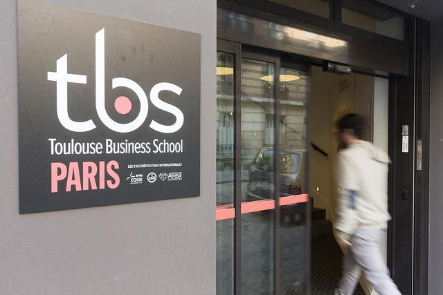 tbs paris entrance