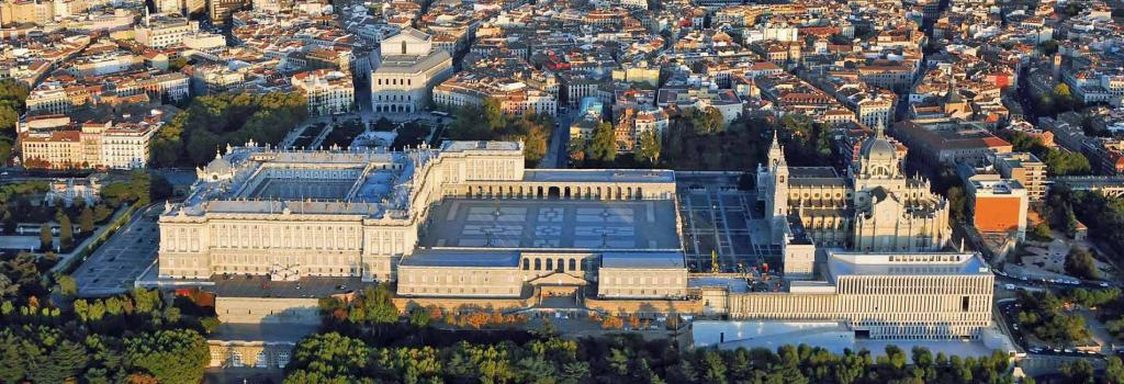 5 BEST COWORKING SPACES IN MADRID